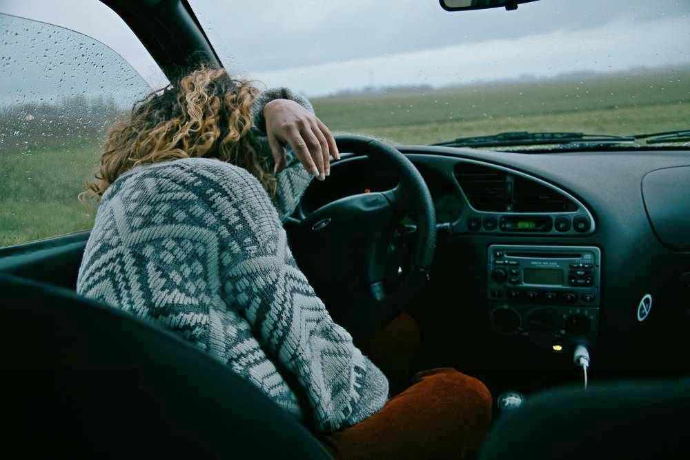 Have you lost confidence driving? It's a AWFUL feeling! Here's 5 powerful strategies to defeat lost confidence & get your driving mojo back.